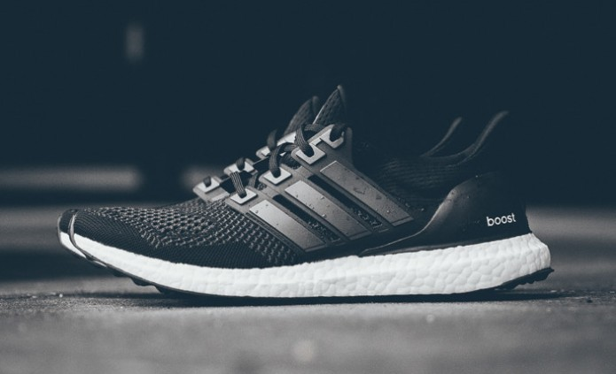 adidas-ultra-boost-black-white-09